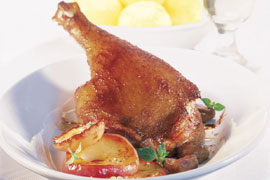 https://www.miele.de/media/recipes/ds_img/de/VGD/Gaensekeulen_mit_Maronen_und_Aepfeln_270.jpg