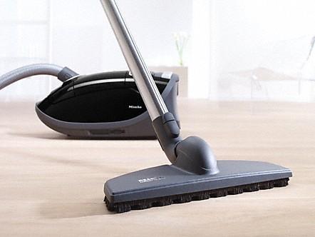 parkettb rsten produktvorteile zubeh r staubsauger. Black Bedroom Furniture Sets. Home Design Ideas