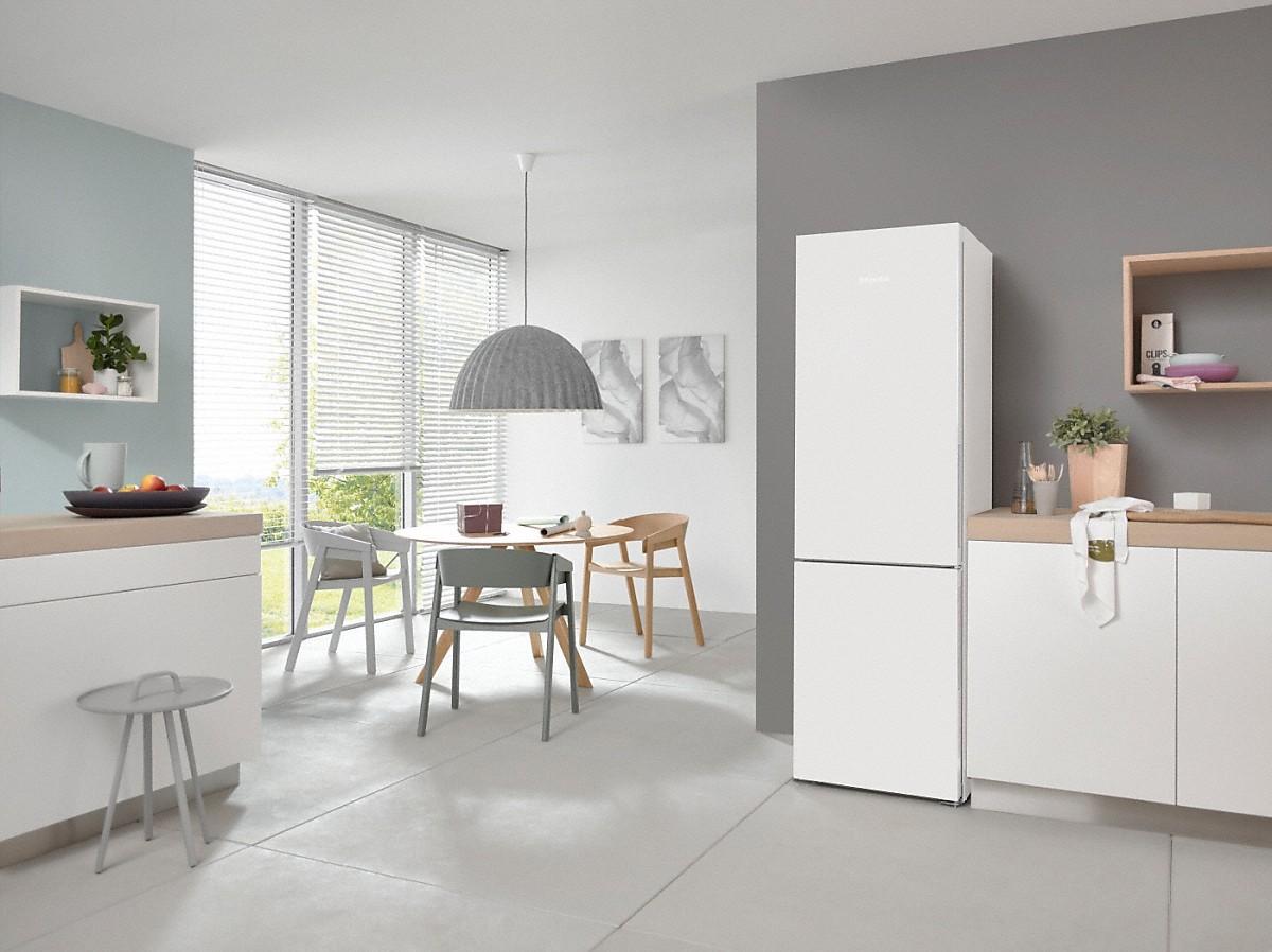 miele kfn 28132 ws stand k hl gefrierkombination. Black Bedroom Furniture Sets. Home Design Ideas